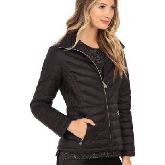 261a7b0daf78 Michael Kors Packable Down Jacket. M 5bf487b30e3b866c8462442d
